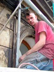 Gaypunks at work: Tino auf dem Bau
